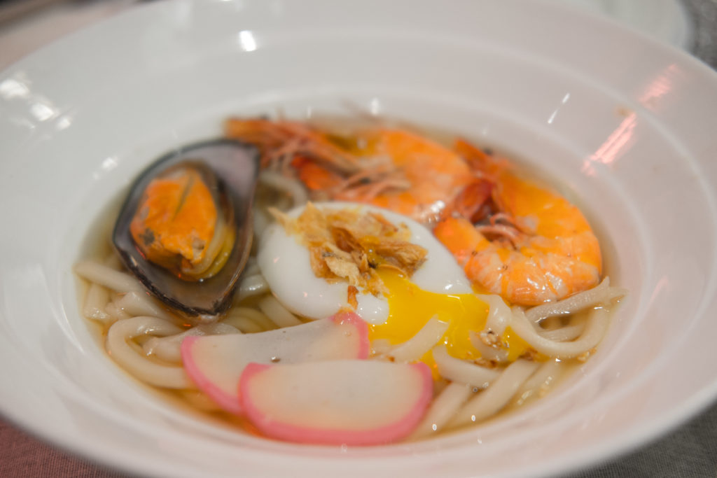 Dazzling Cafe Seafood Udon