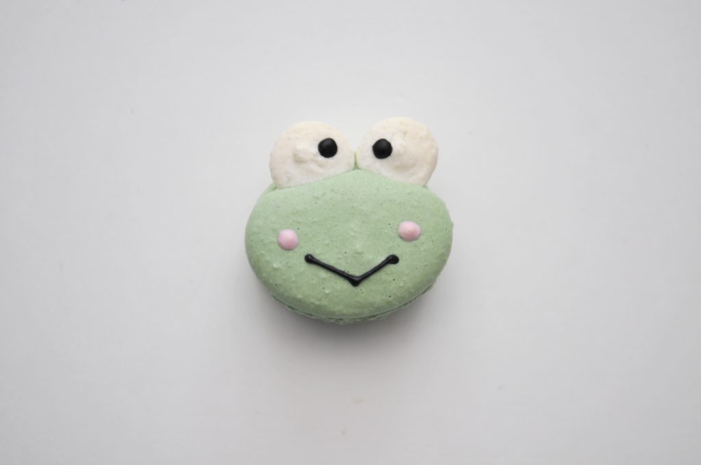 DaanGo Cake Lab Keroppi Character Macaron Review Scarborough